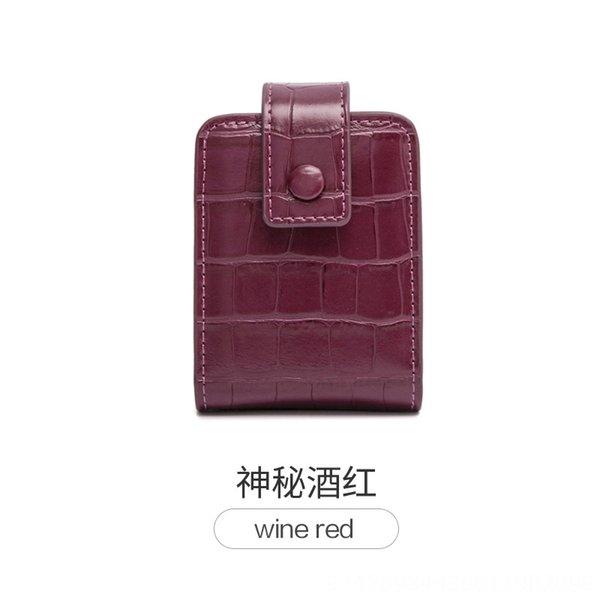 Gizemli Şarap Kırmızısı
