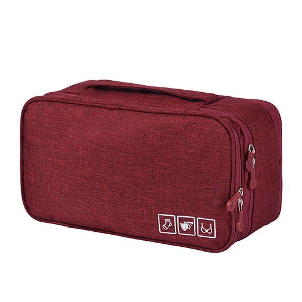 Красное вино под сумкой