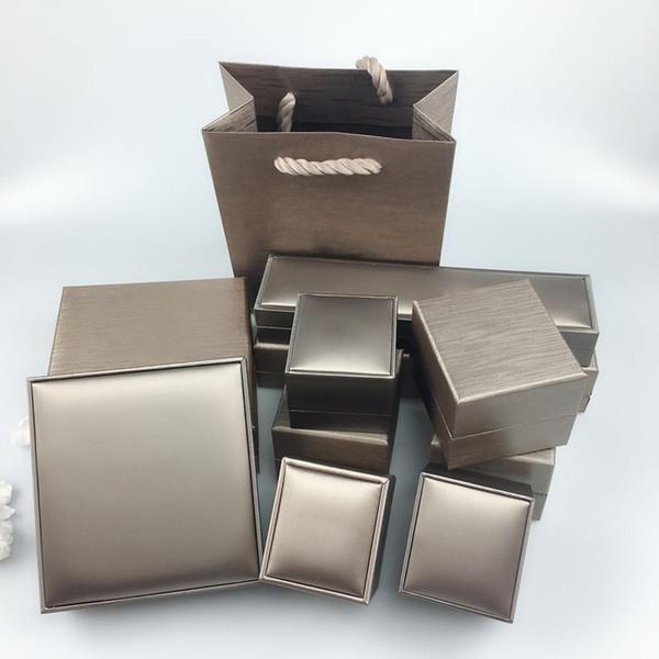 top popular Luxurious bracelet box, necklace box, jewelry box original packaging, warranty card certificate flannel bag handbag, gift box wholesale 2021