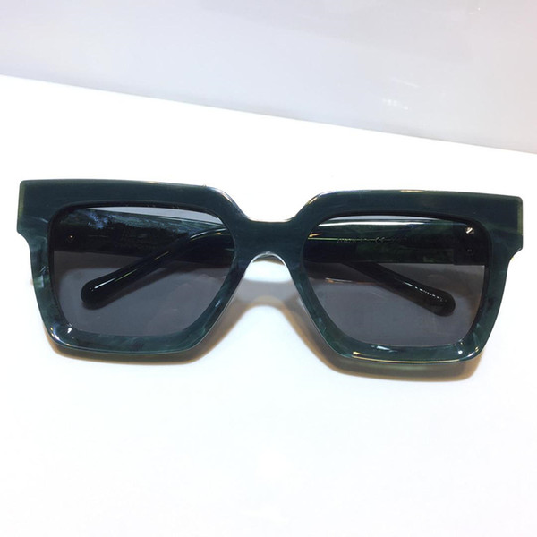 Agate green grey lens