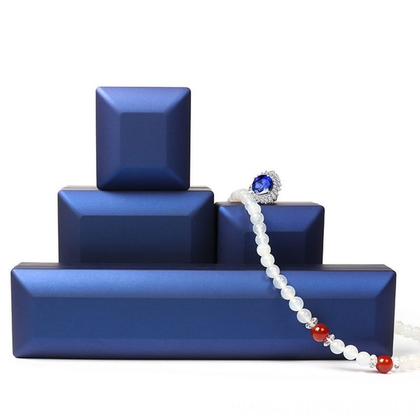 Mavi-Bileklik Kutusu