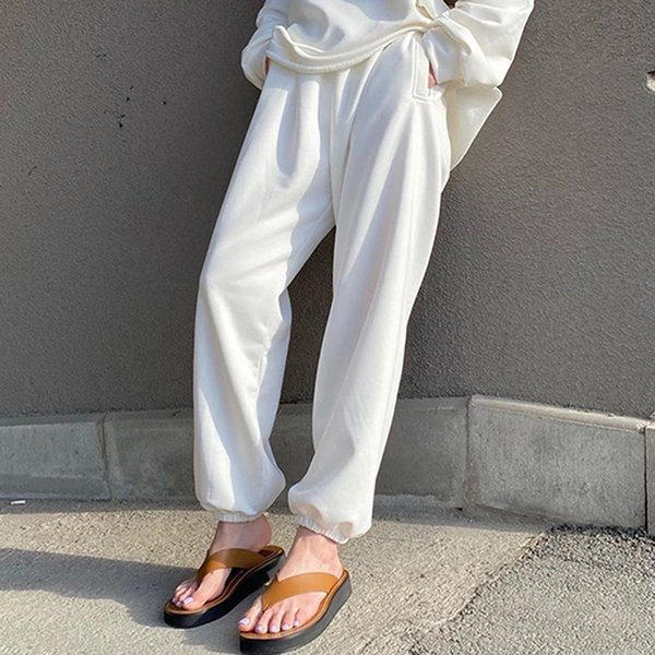 8068 pantalons blancs