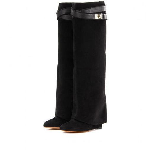 검은 색 스웨이드 2