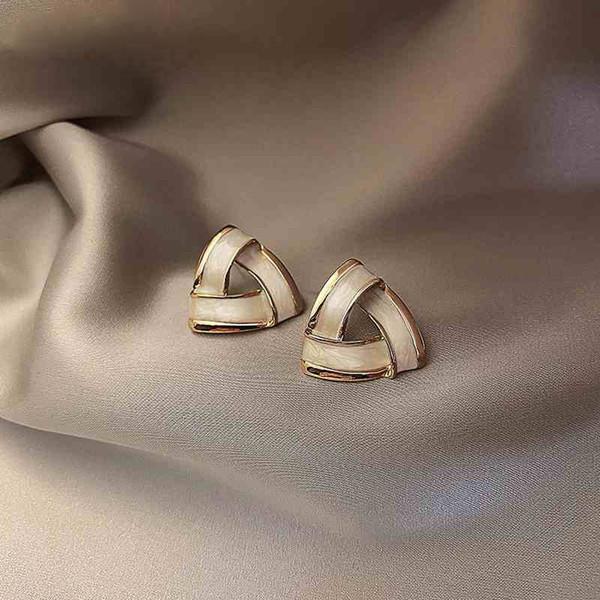 56 # Üçgen Küpe-S925 Gümüş İğne