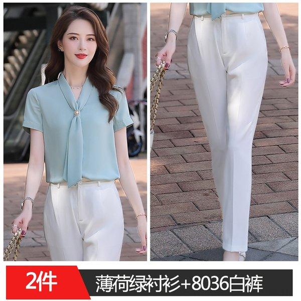 Camisa verde menta +8036 pantalón blanco