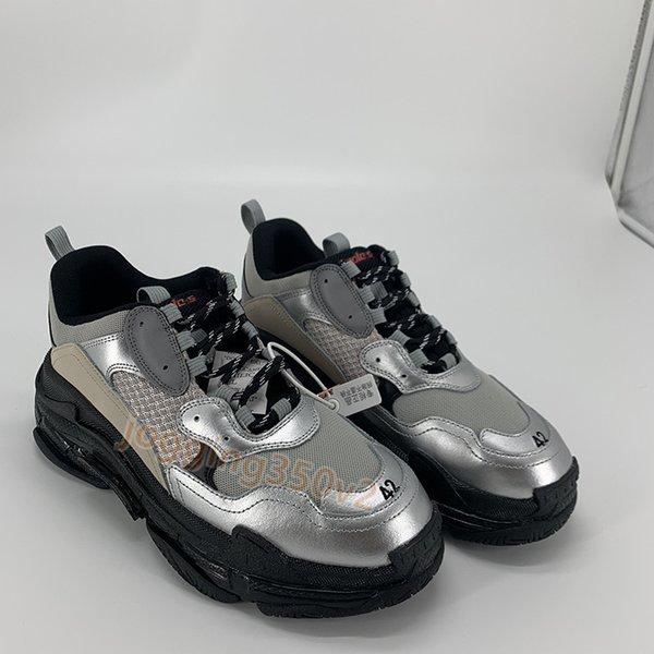 23. metallisches Silber