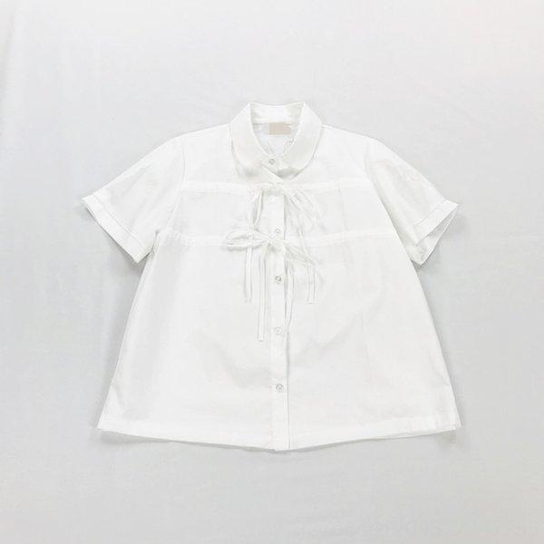 Branca de manga curta