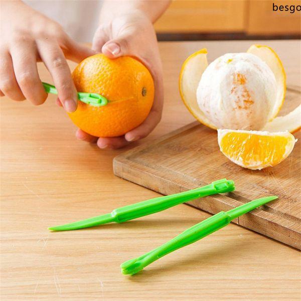 top popular 16cm Long Type Orange Peelers Kitchen Gadgets Fruit Vegetables Tools Peeler Parer Citrus Orange Paring Device Fruit Zesters BH3758 DBC 2021