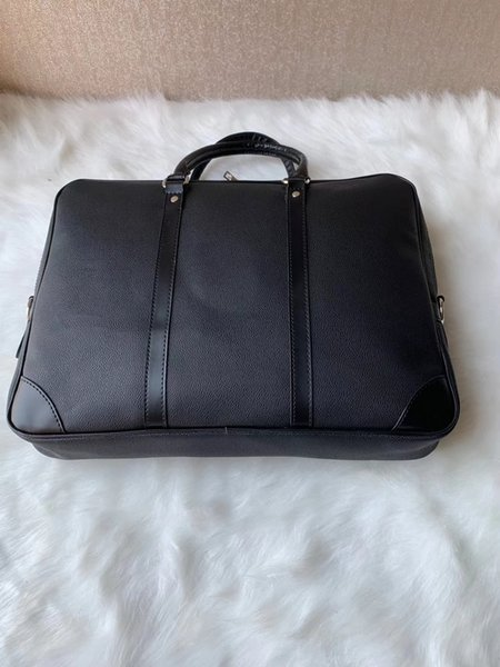 top popular Men Shoulder Briefcase Black Brown Leather Handbag Business Men Laptop Bag Messenger Bag 3Color 53361v8 2020