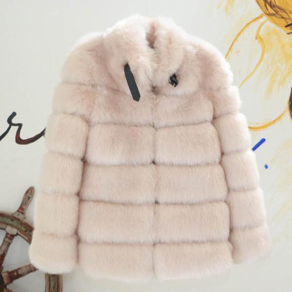 cappotto di pelliccia di albicocche