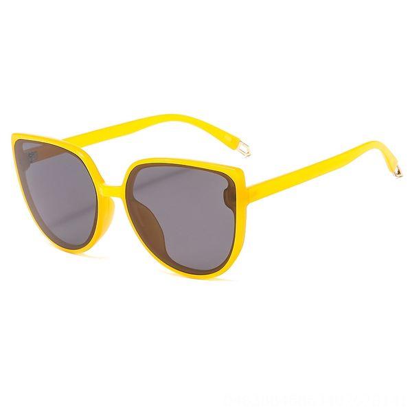 Sólido Amarelo