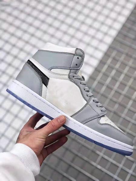 Ayakkabı 043