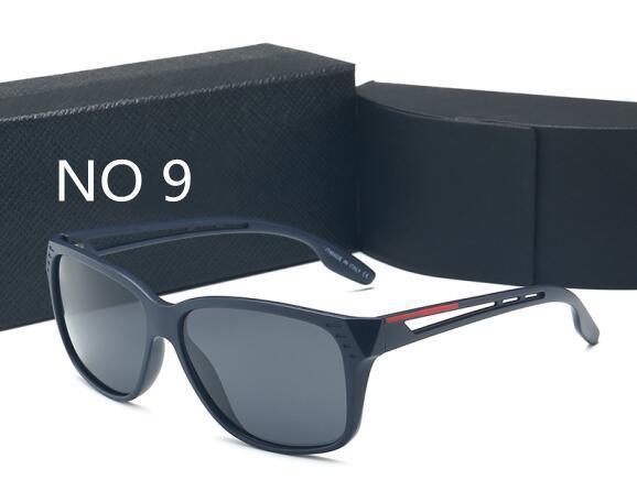9 Com caixa