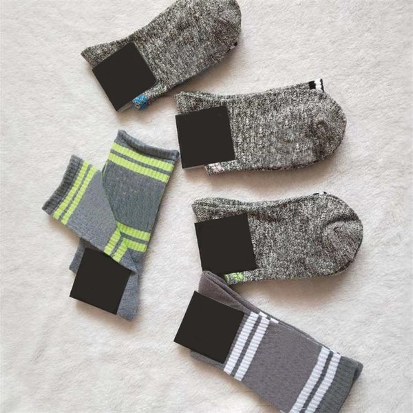 top popular Stockings Knee High Socks With Tags Fashion Socks Sports Football Media Corta Knee-High Socks Cotton Pink Leg Warmers 2021