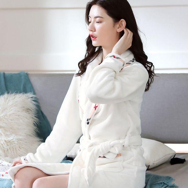 Kadın # 039; s Beyaz Ekose Robe Y722