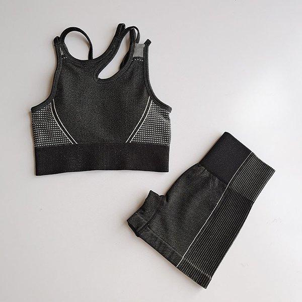 black sets