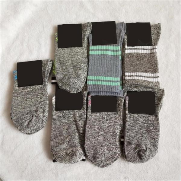 top popular Grey Stockings Knee High Socks With Tags Fashion Socks Sports Football Media Corta Knee-High Socks Cotton Multi color 2021