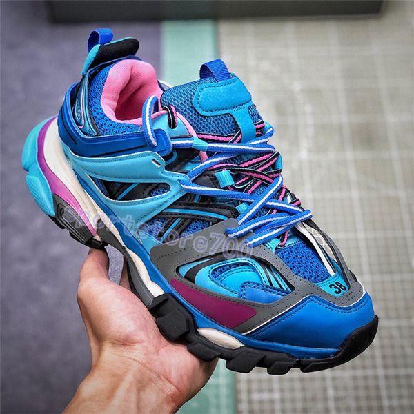 01. Runner Blue.
