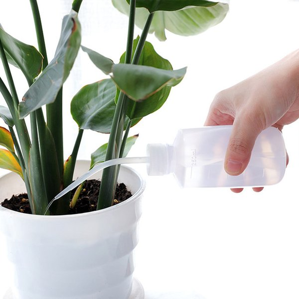 top popular Squeeze Bottles With Long Nozzle Garden Tools 250ML Succulents Plant Flower Special Watering Bottles Water Beak Pouring Kettle TQQ BH0781 2021