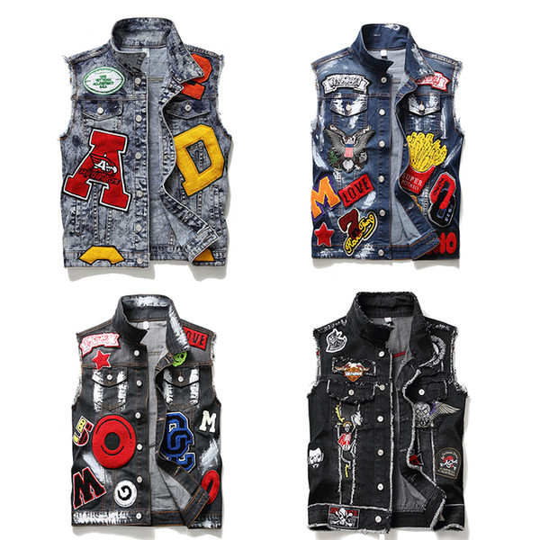 top popular High Quality New Designer Mens Denim Jacket Sleeveless Vestes Fashion Casual Coats Down Men's Tactical Vest Thickening Waistcoat Plus Size 2020