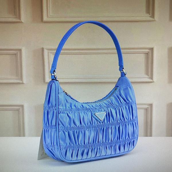 14 Blue (22x16x6cm)