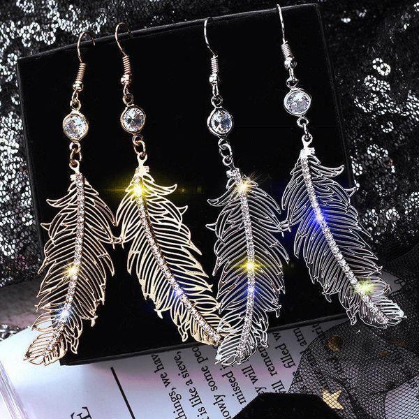 top popular Love Designer Hoop Earrings for Women Rhinestone Jewelry Dangling Charms Fashion Drop Earrings Studs Brincos Christmas 2021