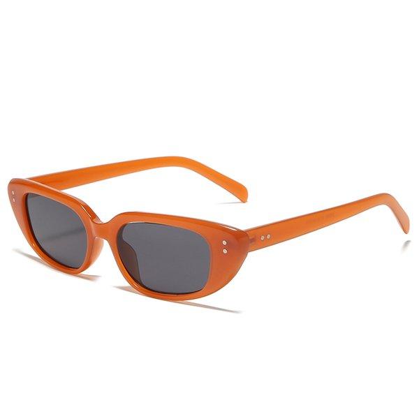 C5 orange black