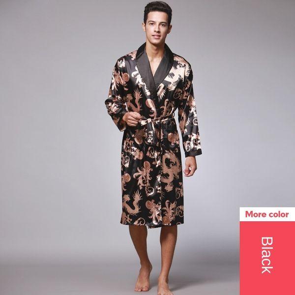 Single Robe Black