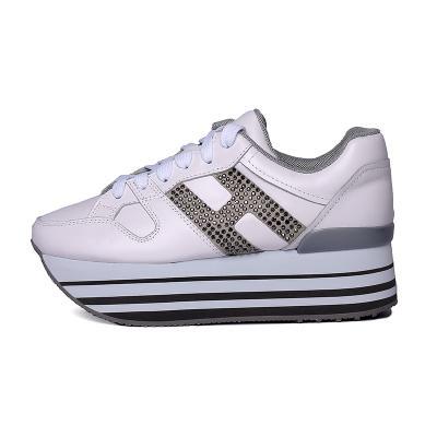 gris blanco