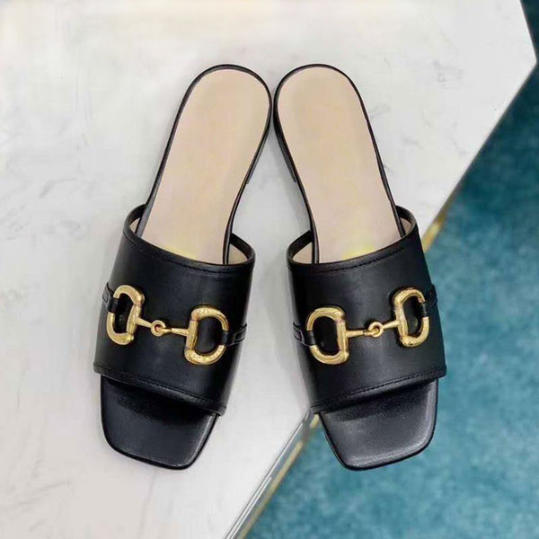 best selling Summer flat-soled slippers soft-soled women's sandals casual fashion open-toed metal buckle red-soled slippers