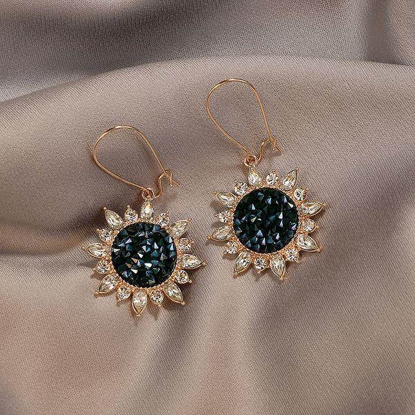 4 # Shiny Black Diamond