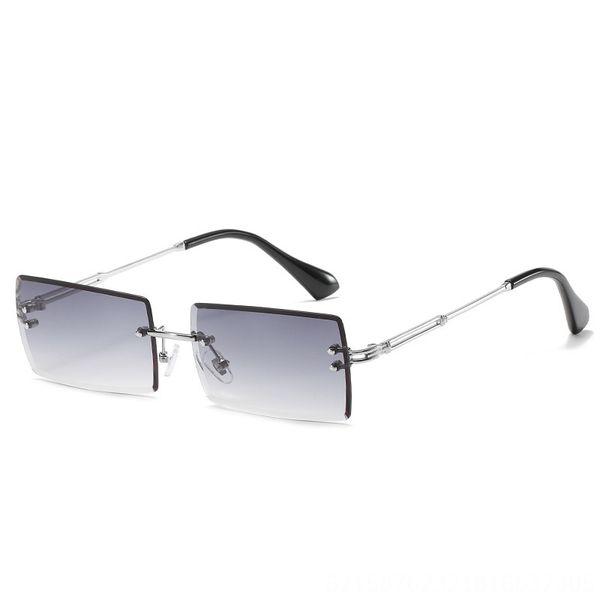 Silver Frame Tiefe doppeltes Grau