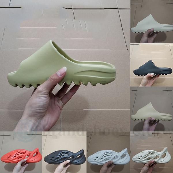 top popular 2020 Kanye West Slides Slippers Foam Runner Desert Sand Triple Black Bone White Resin Slide Sandal Mens Slipper Fashion Womens pantoufle 2020