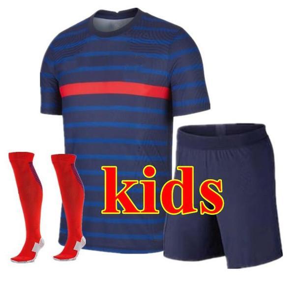 20/21 niños en casa (pantalones cortos azul)