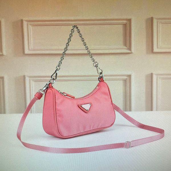 24 Pink (16x11x4cm)