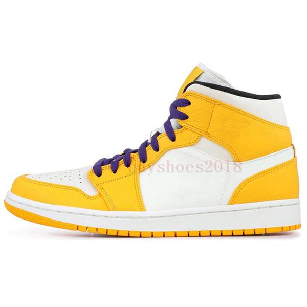 # 32 Lakers amarelas