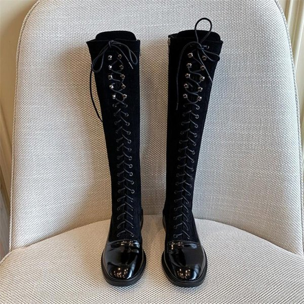 Doublure en velours noir