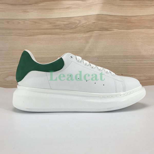 12 grüner Samt