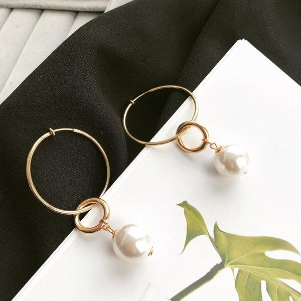 Clip del oído del anillo de la perla grande para colgar