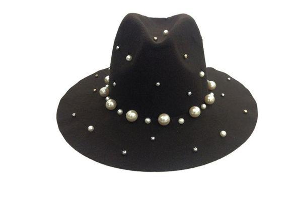Brown chapeaux trilby