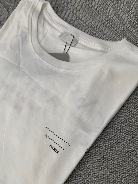 top popular Mens T Shirt Men Loose Tees Letters Curve Print Summer Breathable Short Sleeves Top Sell T Shirt Asian Size 2020