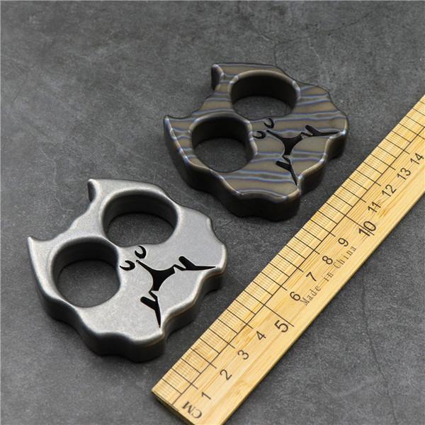 top popular New TC4 titanium alloy dog finger tiger fist finger tactical self defense combat window breaker outdoor survival EDC tool 2021