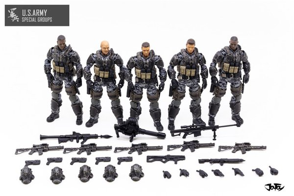 5 action figures