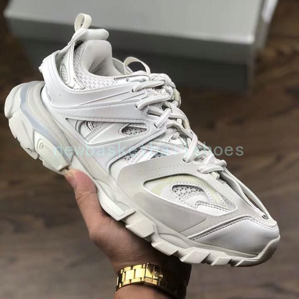 4 blanco