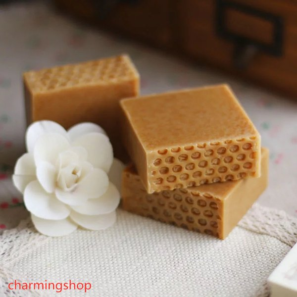 top popular Wholesale Hand Made Honey Milk Soap For Moisture Soften Face Skin Care Body Cleaning Cool and Gentle Against Sunshine 2021
