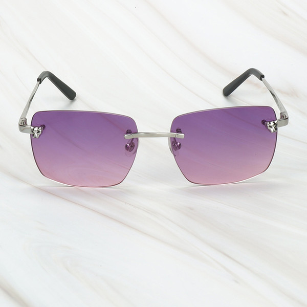серебряный фиолетовый
