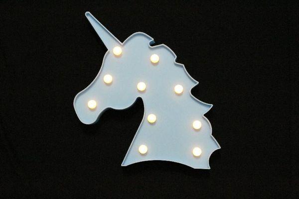 unicornio azul claro