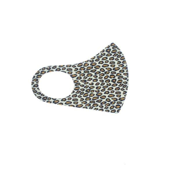 Les adultes utilisent Leopard impression à 5-batchs