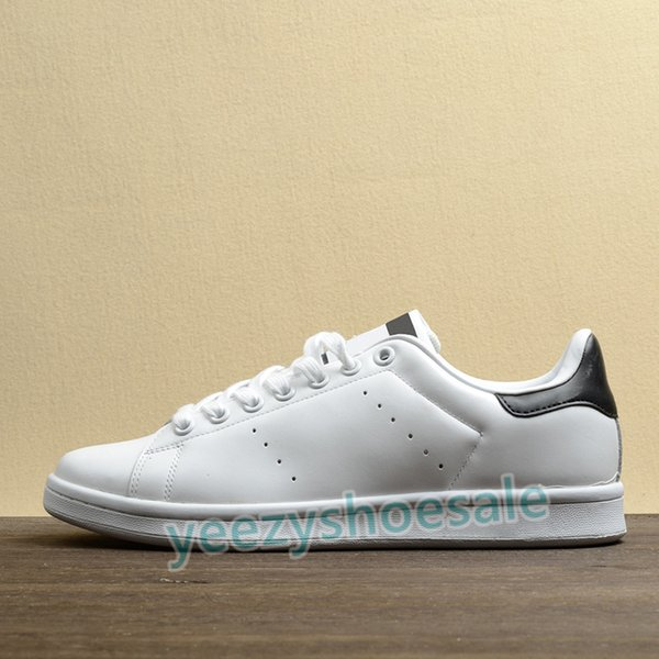 02. White Black.
