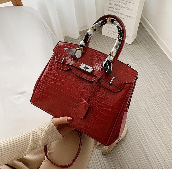 Red(boutiqueBox)